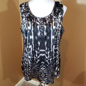 Fashion Bug Lg blk/white blouse
